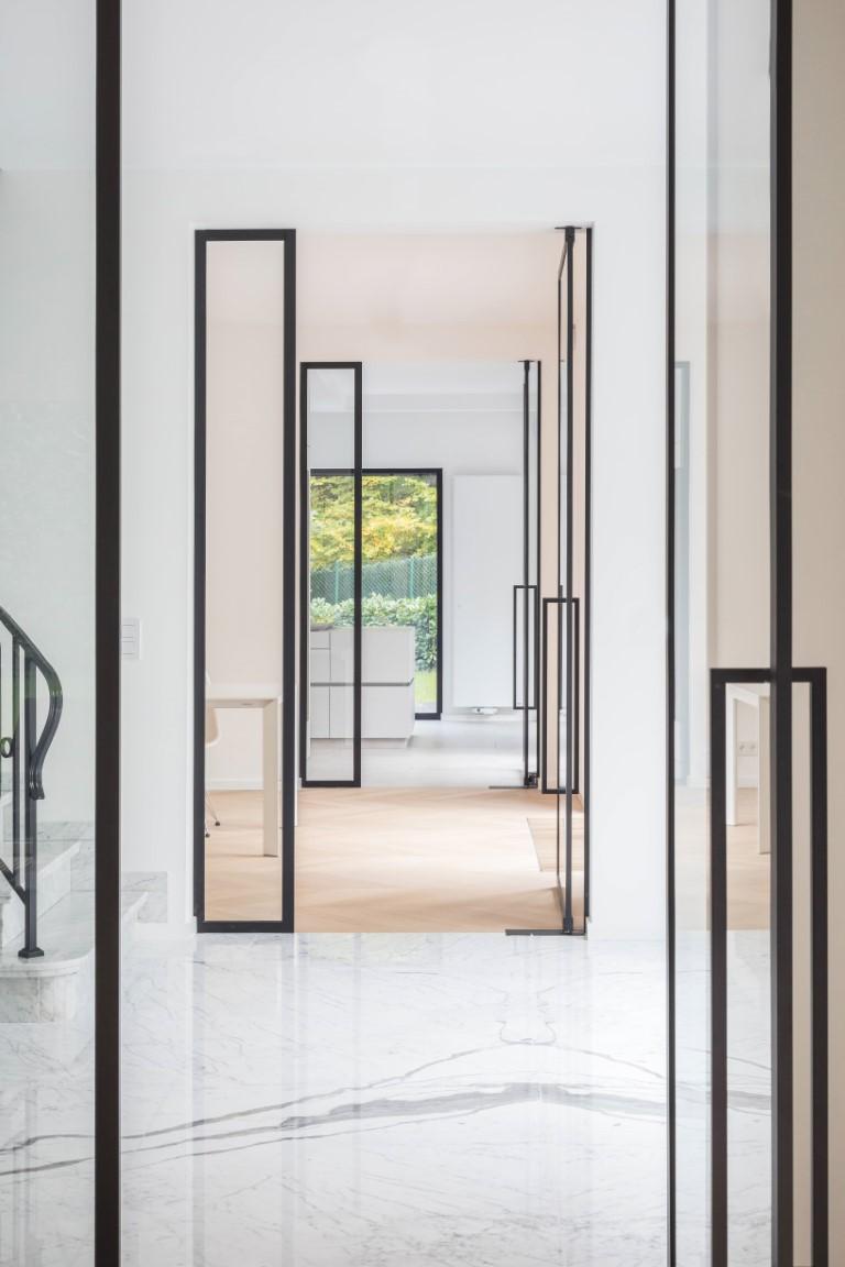 Glazen deuren met steellook