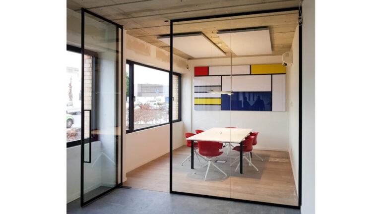Kantoor: Glazen deuren met steellook